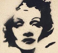 Ein Street-Art-Motiv, das Gesicht von Marlene Dietrich  aufgenommen in Berlin im September 2010. Die deutsche Hauptstadt ist ein Zentrum für Street Art, und zieht Künstler aus dem In- und Ausland an. Foto: Wolfram Steinberg